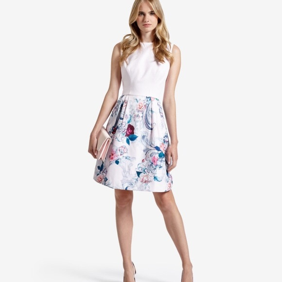 8bc7bde70870 Ted Baker floral dress. M 5aa817d29a94550a3fc3febf
